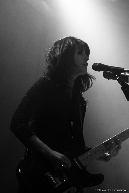 Blood Red Shoes Gig
