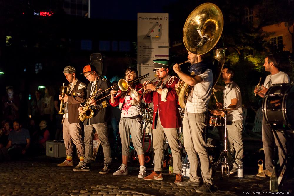 PULLUP ORCHESTRA, 10.07.2015, Innenhof Weltcafé, Stuttgart