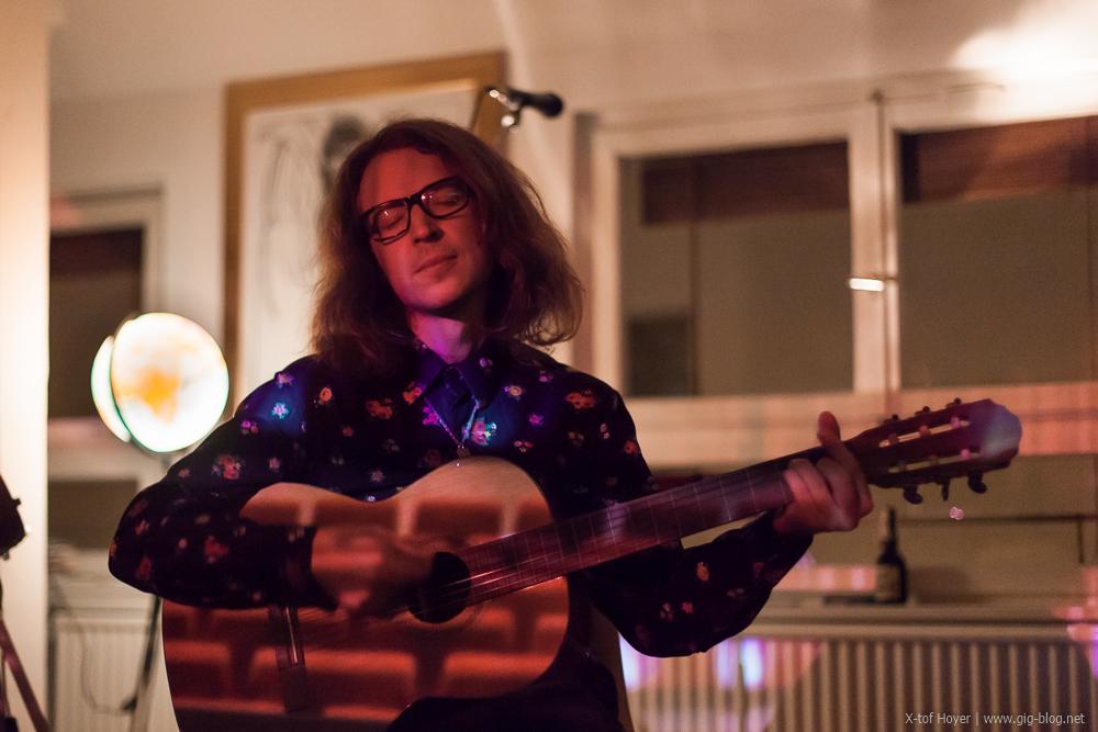 JOEL SARAKULA, 08.11.2015, Wohnzimmerkonzert, Stuttgart