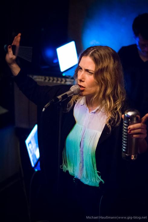 Konzertbericht und Konzertfotos: MELODY LA LA am 26.02.2016 in der Minibar, Stuttgart