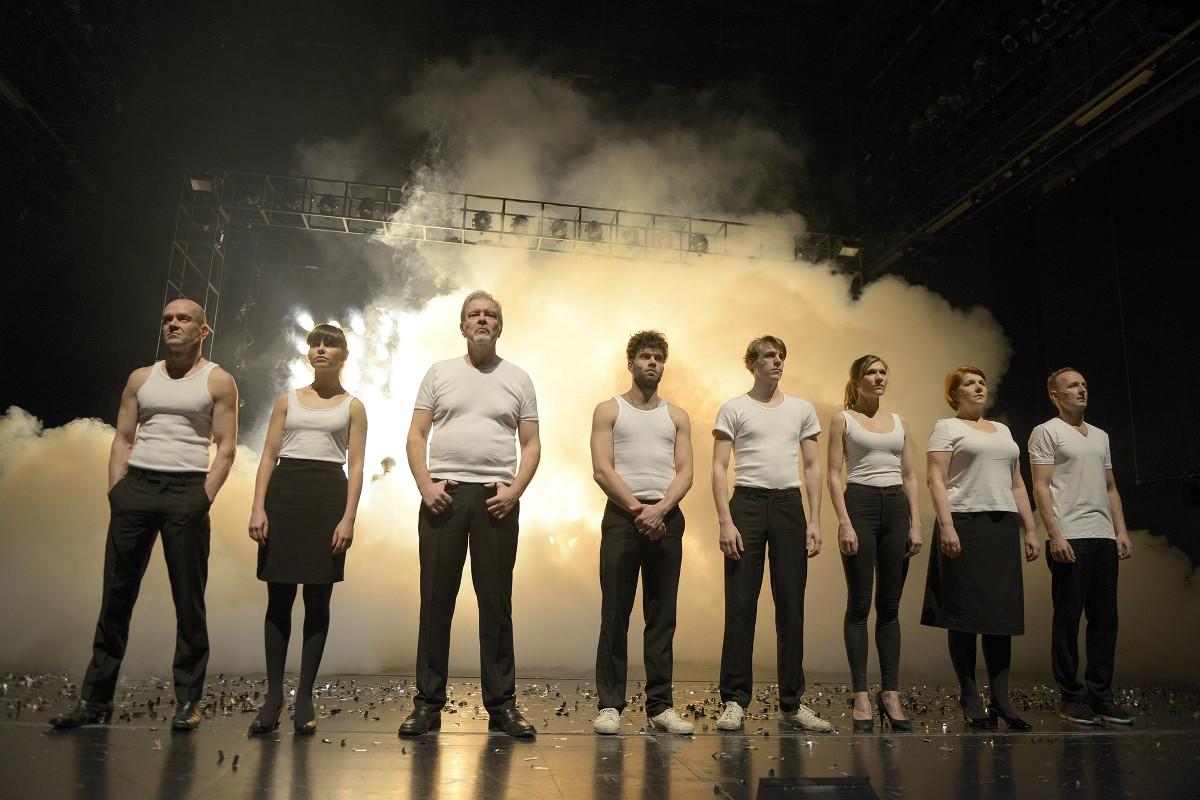 Zeit zu Lieben, Schauspiel Stuttgart